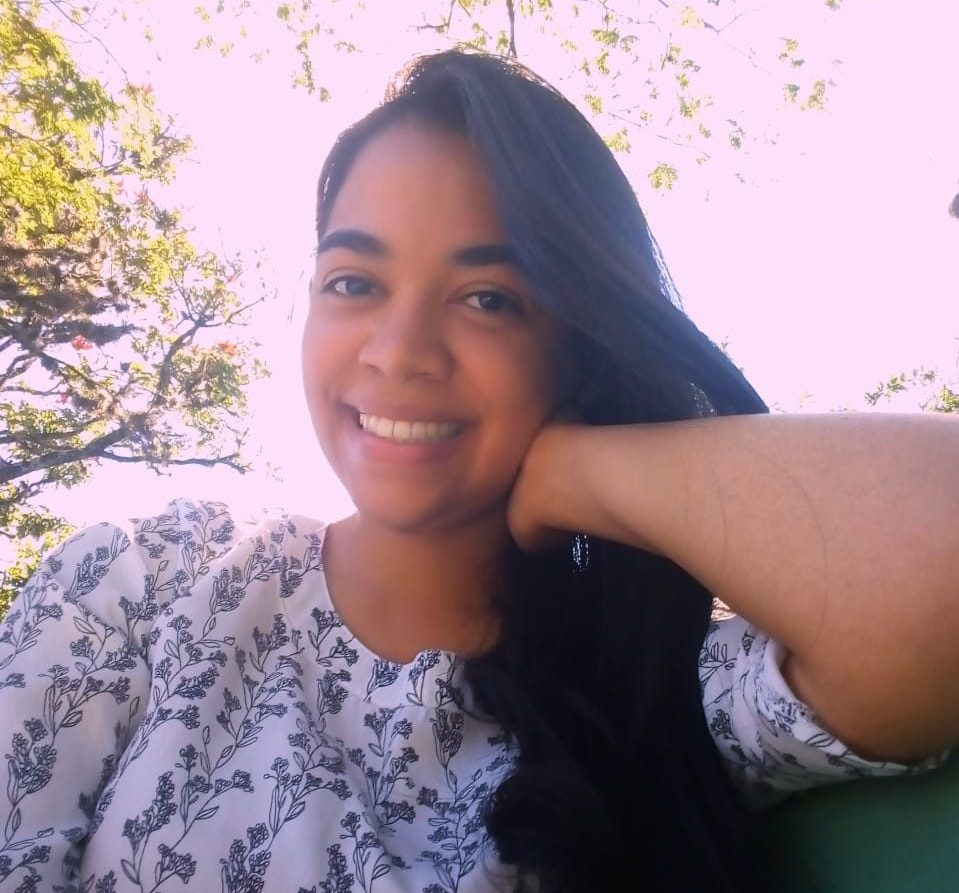 Helena Esteves